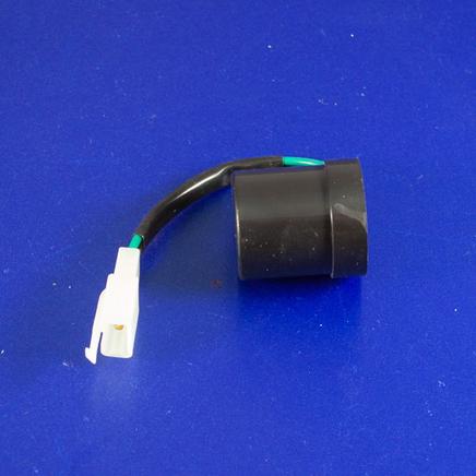 Реле поворотов скутер 4-х т. (без звука, штекер 3 контакта, круглое)