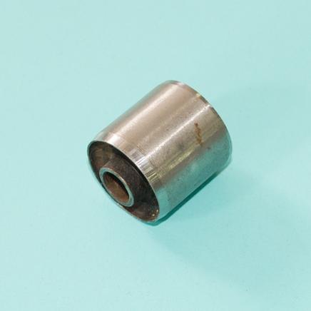 Сайлентблок кронштейна двигателя скутер 2-4Т (D30 x d10 x 30 мм.)
