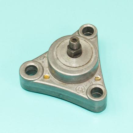Насос масляный скутер 4Т 50-80 куб. (БЕЗ шестерни 33 зуба под гайку)