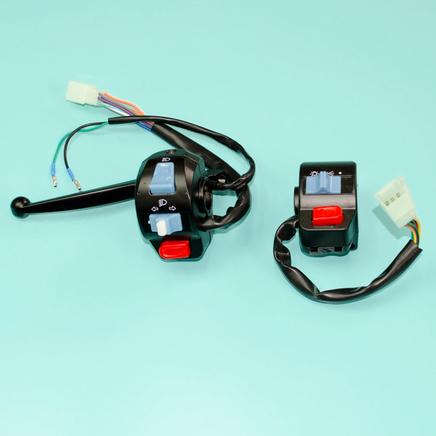 Переключатели руля скутер 4Т QT-4 (пульты диск/барабан)