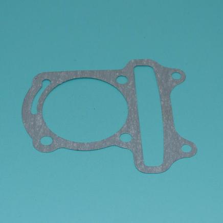 Прокладка цилиндра скутер 4-х т. 50-80 куб.см. (139QMB, паронит)