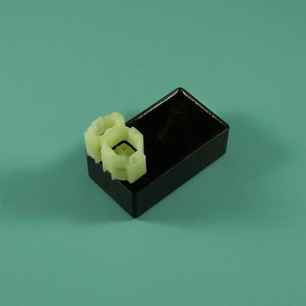 Коммутатор скутер 50-150 куб. (округлый штекер 4/2)
