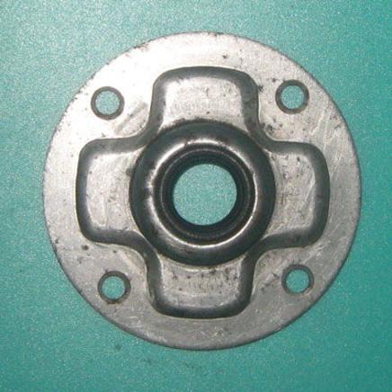 Крышка генератора Иж (ИЖ49.СБ.1-30-3 в сборе с сальником СБ.1-48-3)