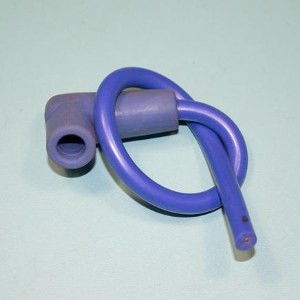Колпак свечи силиконовый с проводом 25 см. (фиолетовый)
