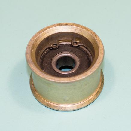 Ролик натяжной Крот (с 200 подшипником и стопорными кольцами, металлический)